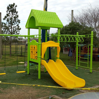 Outdoor play equipment manufacturers